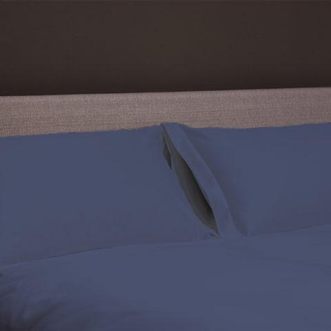 lino-macro-blu-notte